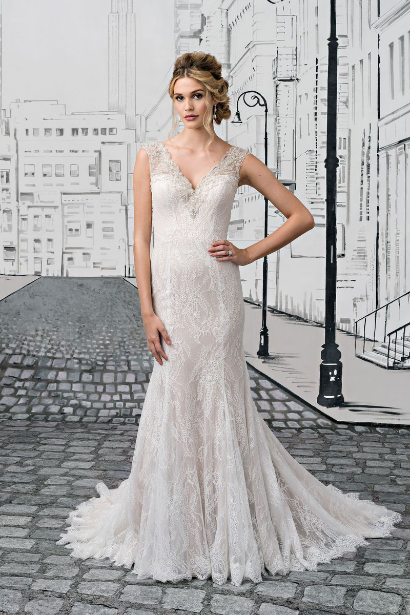 Justin Alexander Wedding Dress 8882