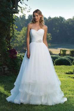 Sincerity Wedding Dress 3890