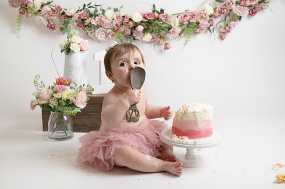 pink cake smash photo photographer photoshoot newport cwmbran monmouth monmouthsire south wales