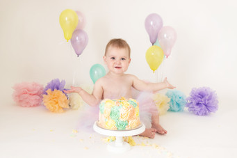 pastel colours baby girls birthday cake smash photo photos photoshoot photographer newport, cwmbran, monmouthshire south wales