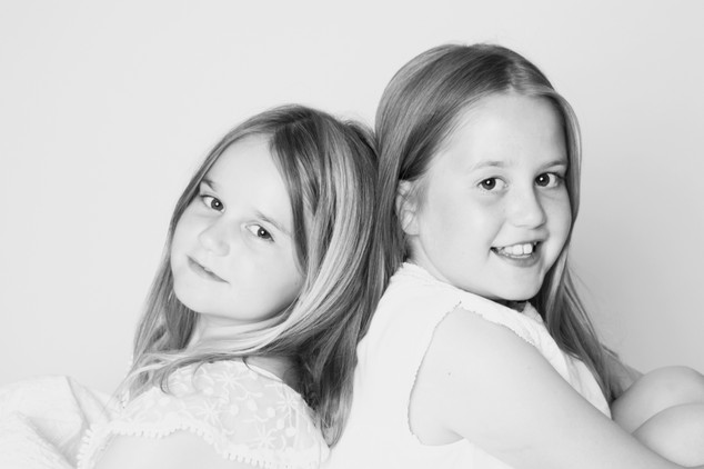 childrens newborn baby photo photographer photoshoot newport cwmbran monmouth monmouthsire south wales