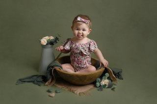sitter baby girl photo photographer newport   photographer cwmbran   photographer south wales   photographer monmouthsire