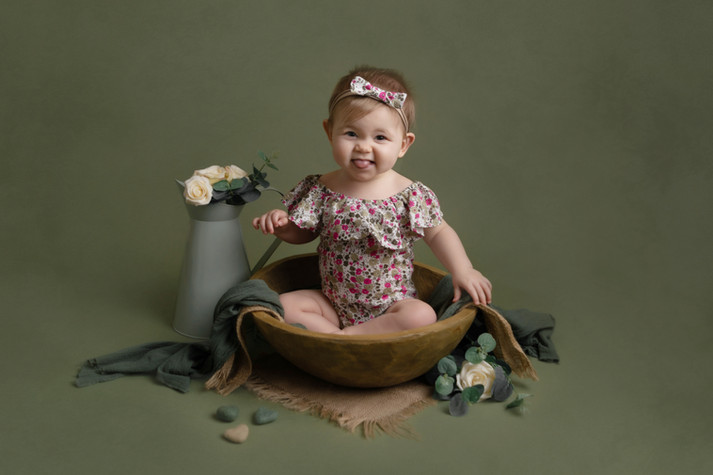 green sitter bowl photo photographer photoshoot newport cwmbran monmouth monmouthsire south wales