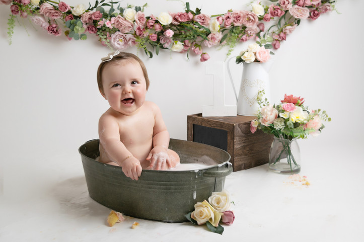 baby girls floral birthday cake smash photo photos photoshoot photographer newport, cwmbran, monmouthshire south wales