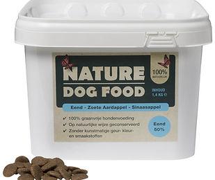 Nature-dog-food-emmer-Eend-met-brok.jpg