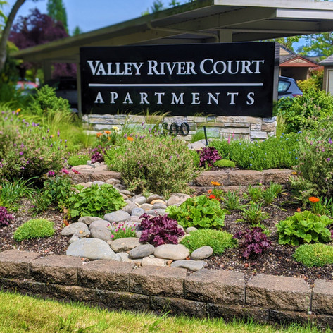 Valley River Court Apartments