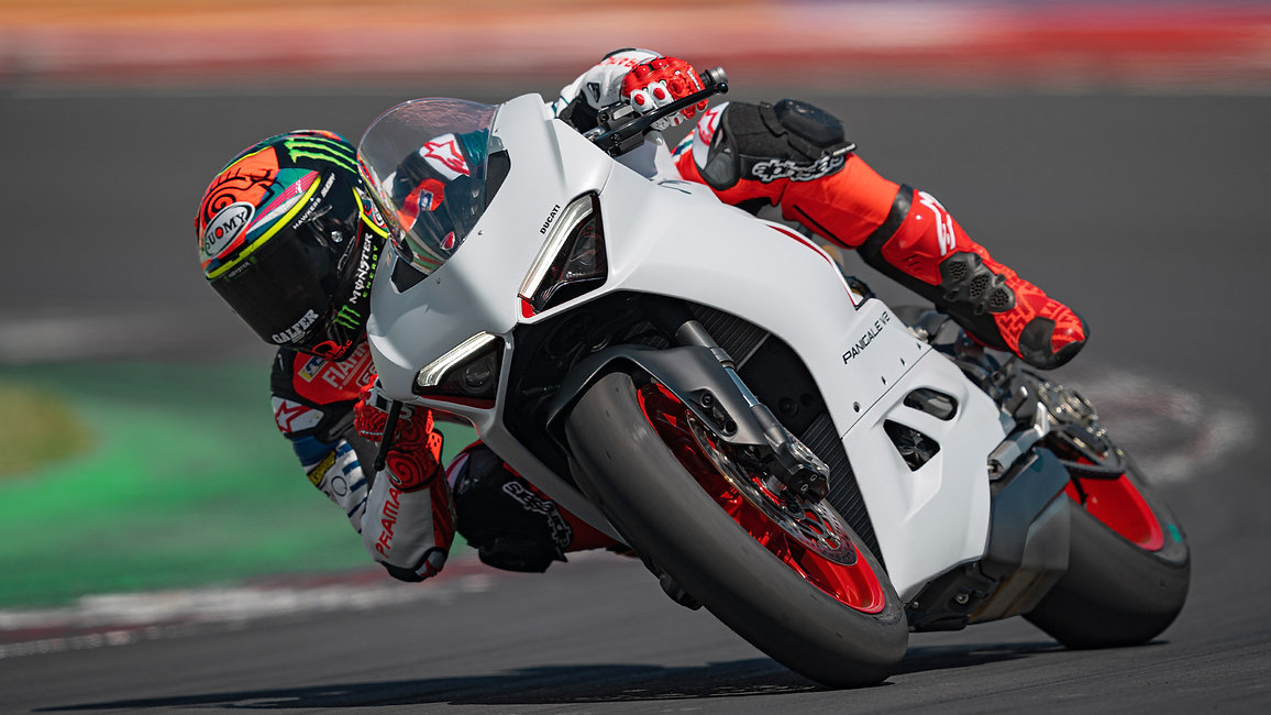 Panigale-V2-WH-Dinamica-06-gallery-1920x
