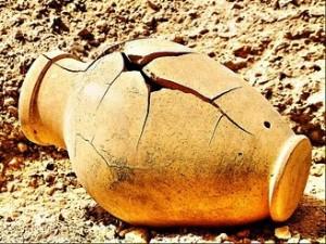 God Uses Broken Vessels
