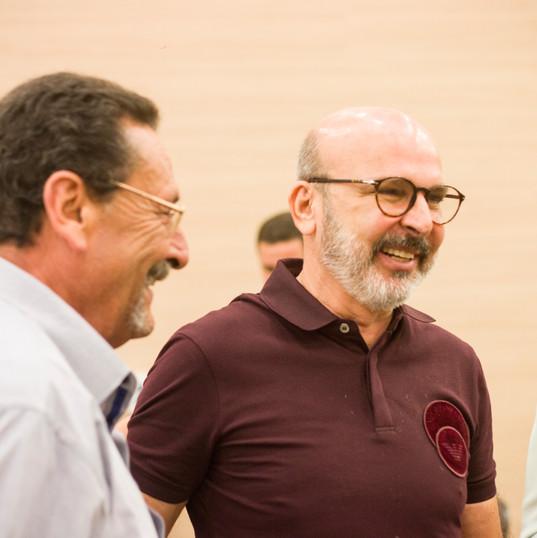Proprietário e Prof. colaborador Carlos Roberto Teixeira