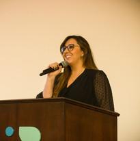 Dra. Bianca Picado, bióloga e advogada ambiental, que constitui a equipe técnica do empreendimento apresentando aos convidados o projeto