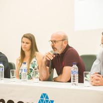 Dr. Marcio Janjacomo responde a dúvidas e recebe elogios pela iniciativa do empreendimento