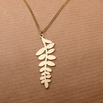 Cut out leaf gold plated necklace