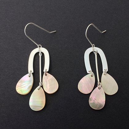 Odette shell teardrop earrings