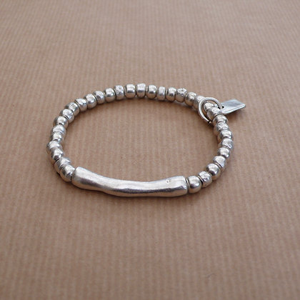 Long bar stretch bracelet