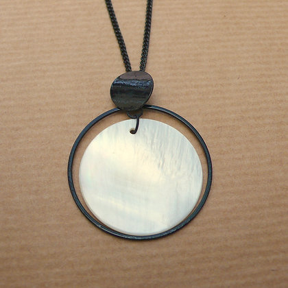 Shell disc and black metal necklace