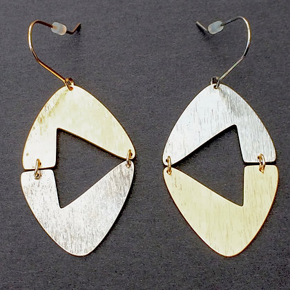 Calla two tone drop earrings