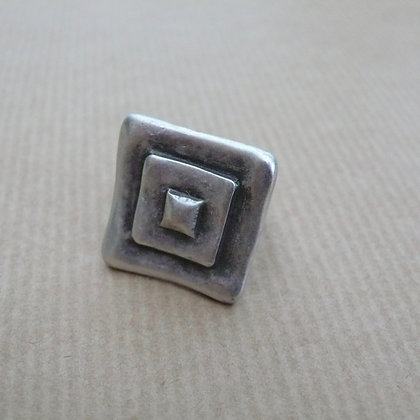 Layered square adjustable ring