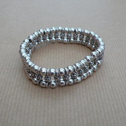 Double string stretch bracelet
