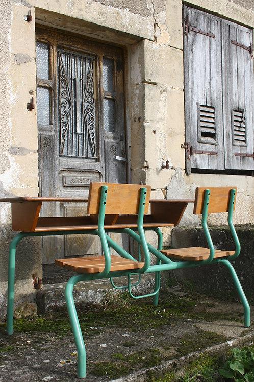Frans schoolbankje voor twee kinderen