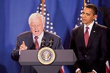 Ted-Kennedy-Pres-Barack-Obama-2009.jpg