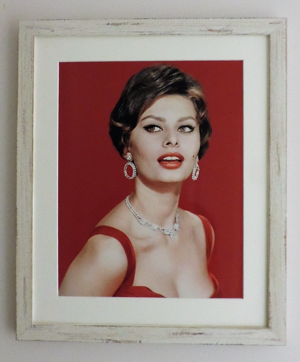 Framed_Hollywood_Movie_Sophia_Loren_Portrait_Print
