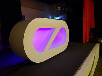 djSWING.nl - LED DJ Booth.jpg