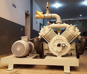 Conjunto motocompresor, autónomo, accionado directamante por motor diesel