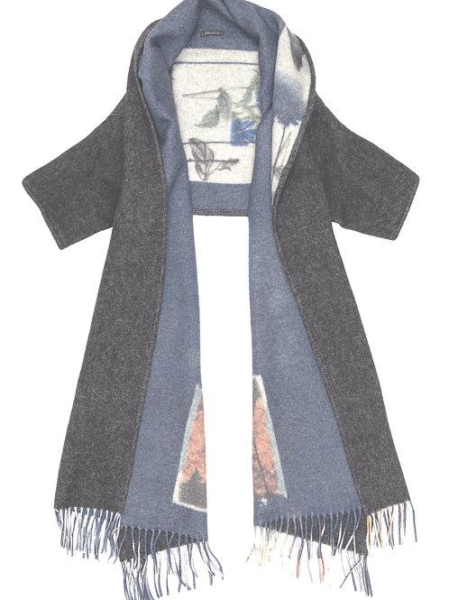 Matrioska reversible scarf with sleeves