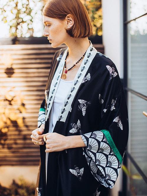 Black Bee Maxi Kimono