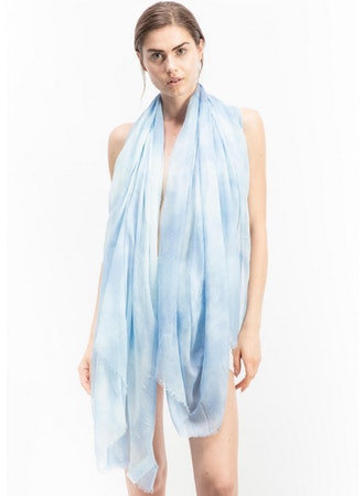 Modal scarf with two colors shade effect