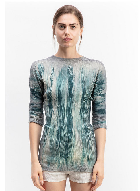 Round neck tee with flame effect