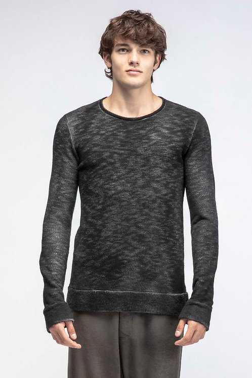Sporty crewneck sweater