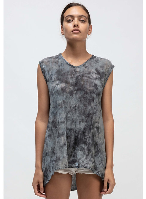 Sleevless tee with camouflage effect