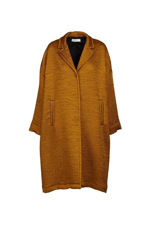 Soft padded matellassé coat