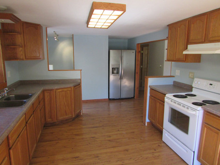 2 bed / 1 bath house w/office for rent | Vandalia