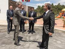 Visita del embajador de Francia, Gautier Mignot, a las instalaciones del Liceo