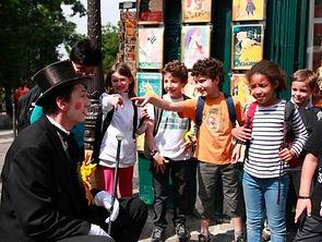 Mime pour enfants et close up de minis tours de magie