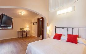 Room-3-800x500.jpg
