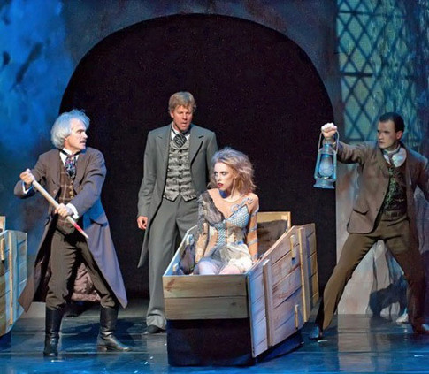 """""""Dracula"""" at Carolina Ballet"""