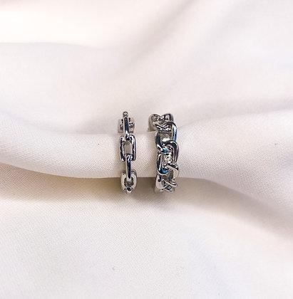 Ketting   Chain  Earcuff   Earcuffs   Zilver   Goud   Clipoorbel   Clipoorbellen   Oorclips   Oorbellen zonder piercing