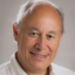 Dr William Suerinck