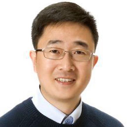 Dr Ri Long Huang