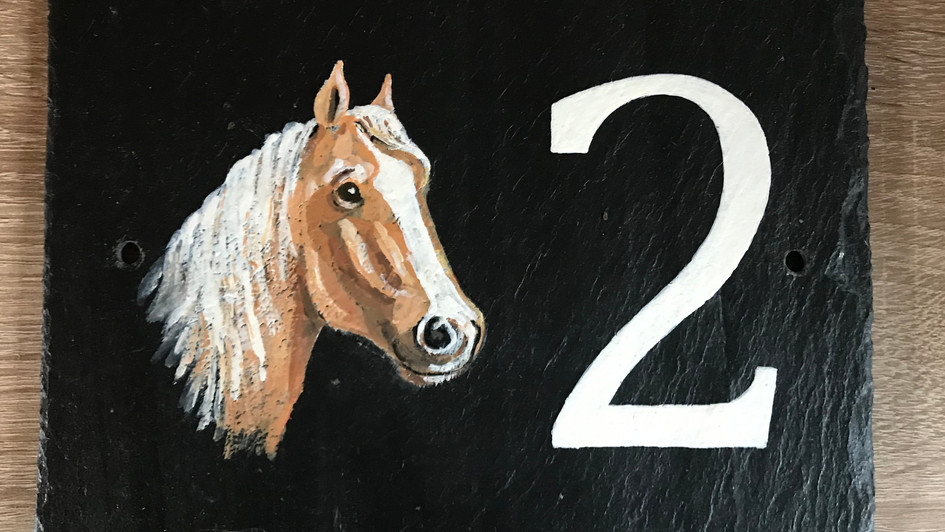 2 horse