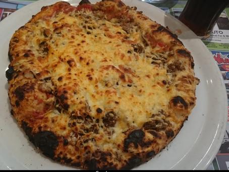 Eating at Le Four à Bois – Pizzeria à Villers Bocage