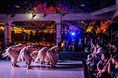 舞台與群眾-優人神鼓.jpg
