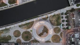 鳥瞰圓五曲,大桃園地圖清晰可見,與公園、溪流相輝映