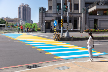 戶外展區|臨時性鋪面串連步行軸線(照片提供-彡苗空間實驗 : 攝影-丰宇影像).