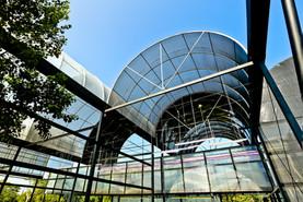 用農膜控制遮光率的溫室構築