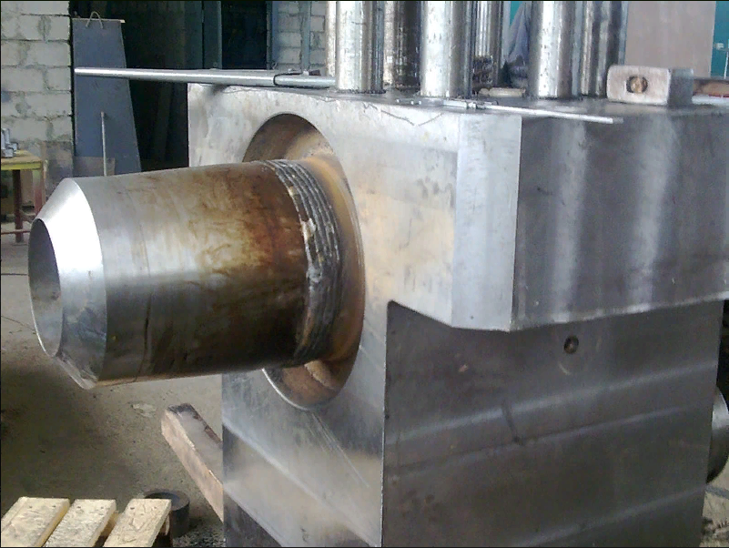 Клапан наполнения для нужд КПЦ. Вес 6,8 тонн, рабочее давление 320 Бар. Заготовка, поковка 12,7 тонн