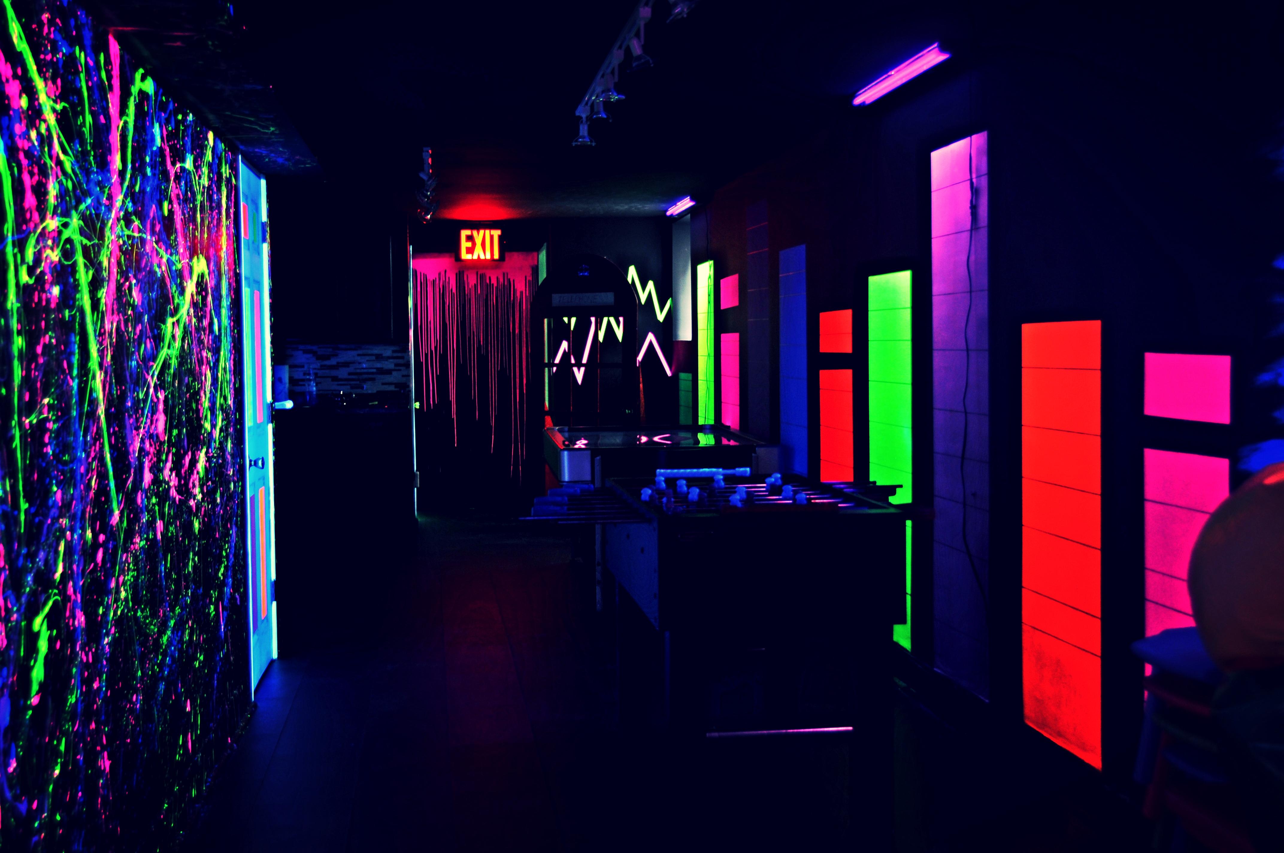 Dj | Kids | Dance Floor | Glow Party